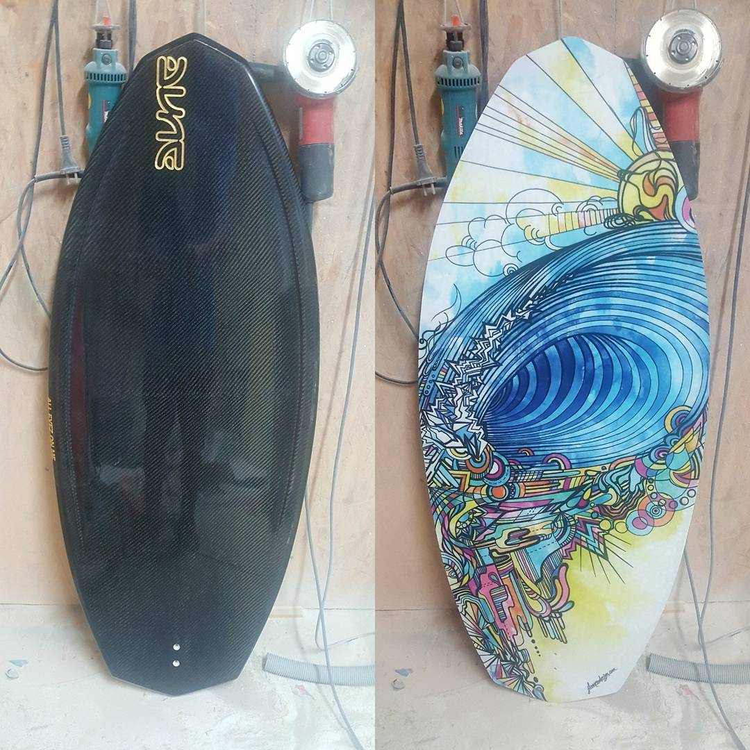 Wakesurf DL, golden logo and printed bottom by JL Romero